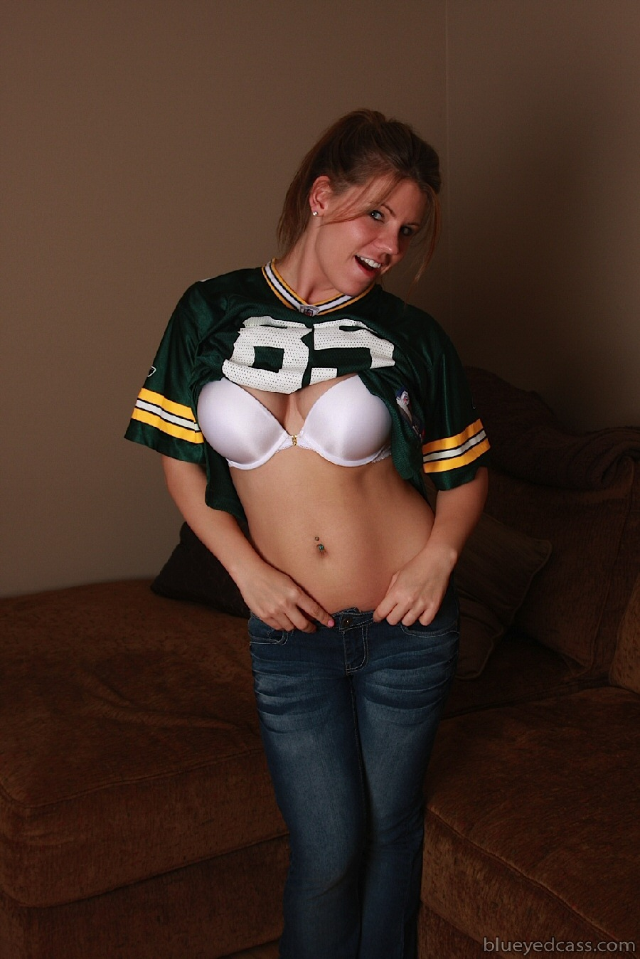 Are girl naked football jersey can read